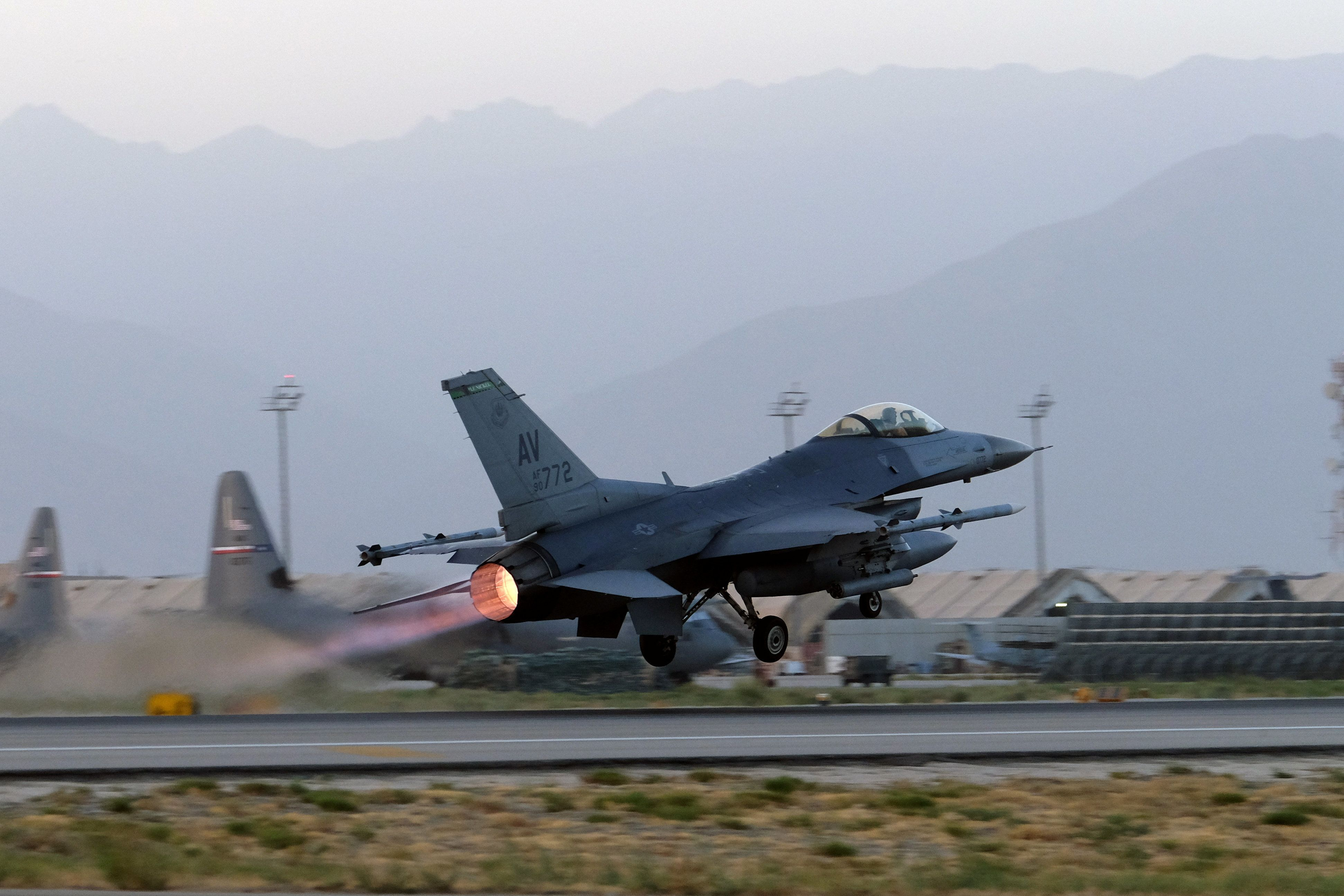 A U.S. Air Force F-16 Fighting Falcon aircraft takes off for a nighttime mission at Bagram Airfield, Afghanistan, August 22, 2017. Picture taken August 22, 2017. REUTERS/Josh Smith