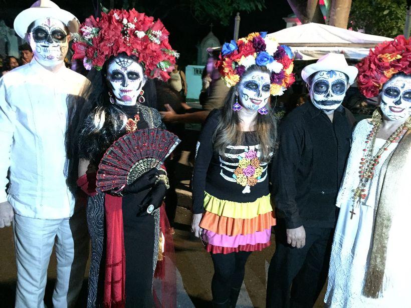 Dia del los Muertos Celebrants