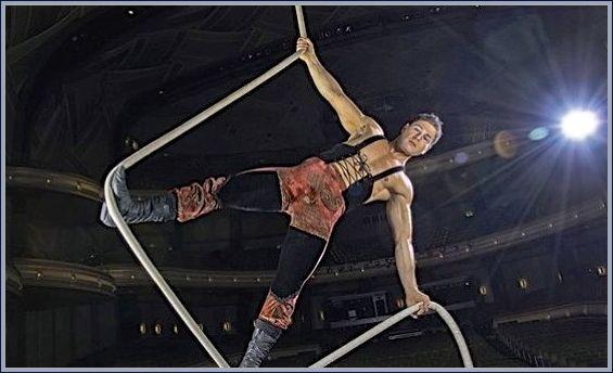 "<a rel=""nofollow"" href=""http://www.sfsymphony.org/Buy-Tickets/2017-18/Cirque-de-la-Symphonie.aspx"" target=""_blank"">Cirque de"