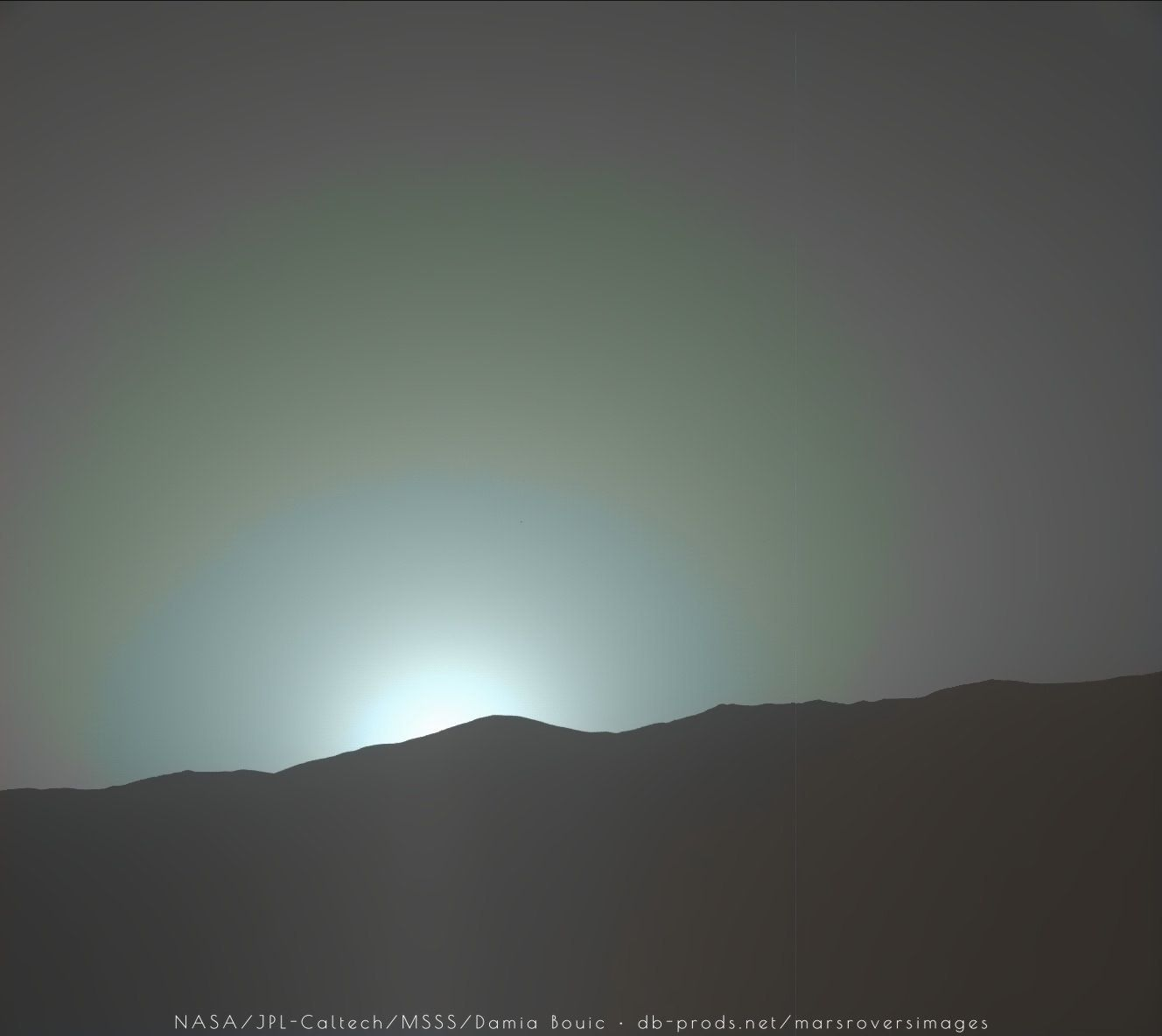 Curiosity Captures Another Stunning Blue Sunrise/Sunset On