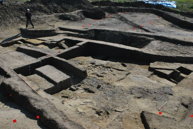 Ditch gives clue to arrival of first Roman forces in Britain