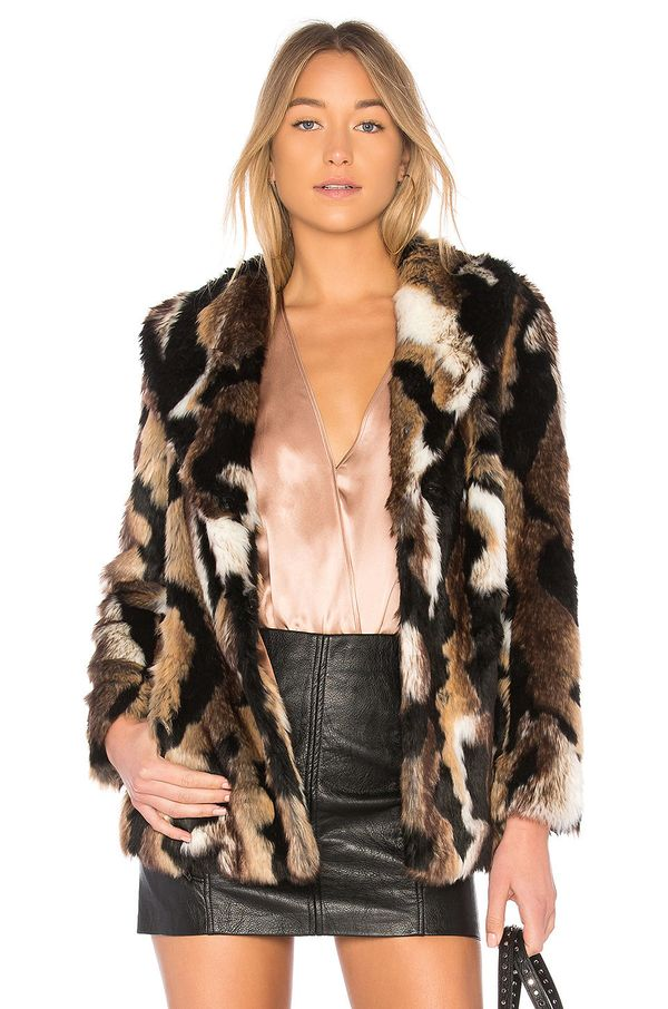 "Get it on <a href=""http://www.revolve.com/eaves-colton-coat/dp/EAVR-WO37/?d=Womens&page=1&lc=11&itrownum=4&it"