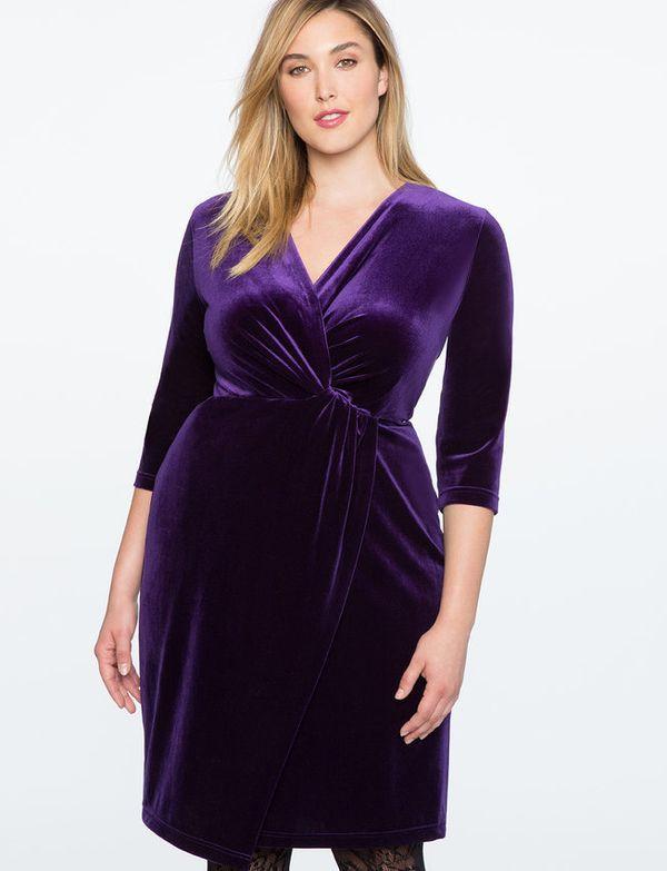 "This <a href=""http://www.eloquii.com/twist-front-velvet-wrap-dress/1245332.html?q=velvet%20dress&dwvar_1245332_colorCode="