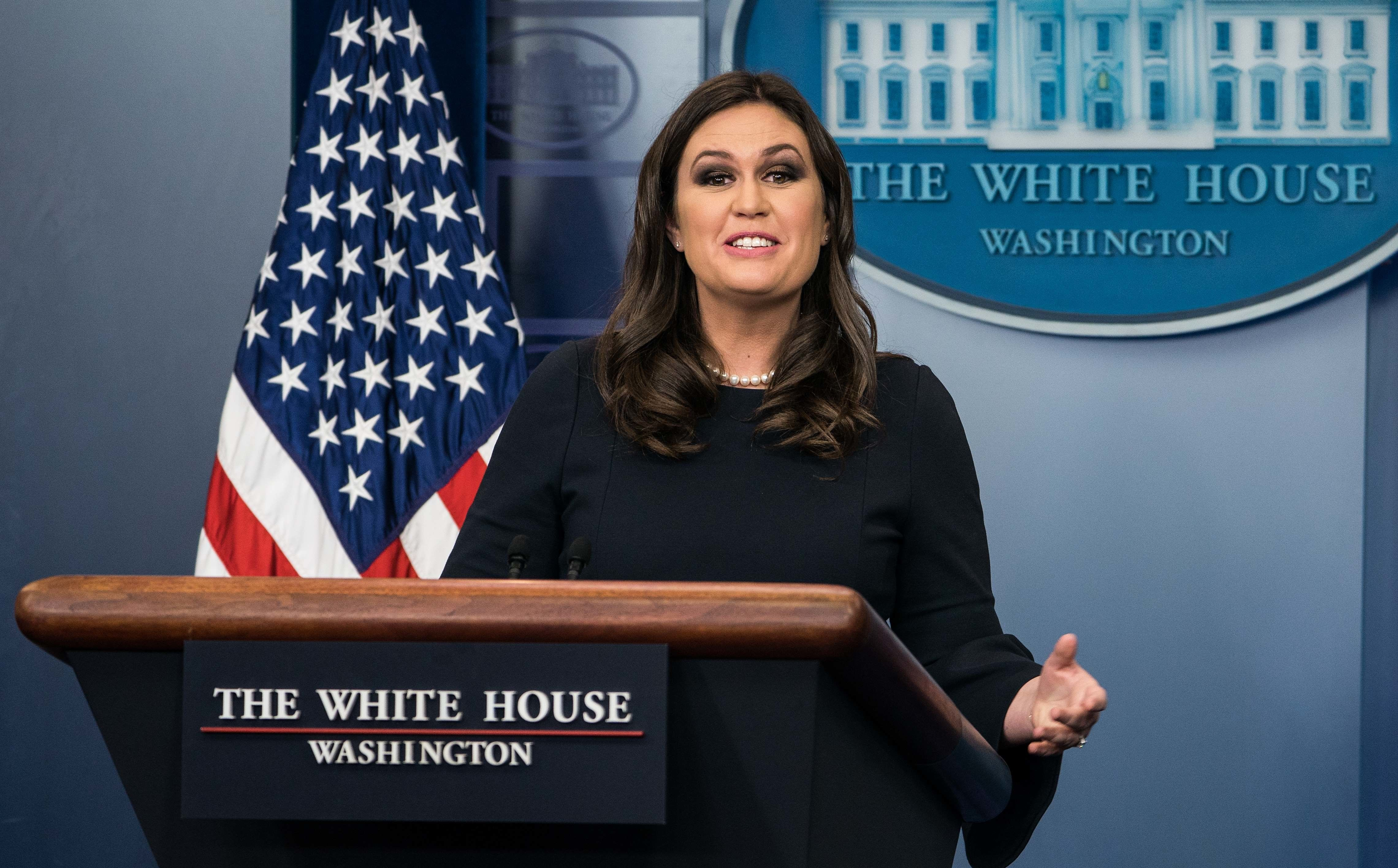 White House spokesperson Sarah Huckabee Sanders speaks at the press briefing at the White House in Washington, DC, on October 31, 2017. / AFP PHOTO / NICHOLAS KAMM        (Photo credit should read NICHOLAS KAMM/AFP/Getty Images)