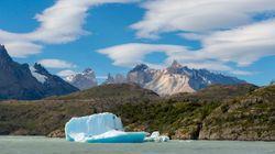 Όταν ένα παγόβουνο αποκολλάται από παγετώνα. Μεγάλες εικόνες από τη