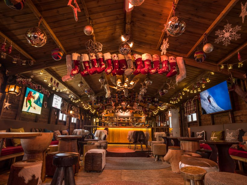 Snuggly vibes at the winter pop-up Après Ski Bar
