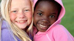 Κι όμως τα παιδιά αναπτύσσουν φυλετικές προκαταλήψεις και μάλιστα από πολύ μικρή