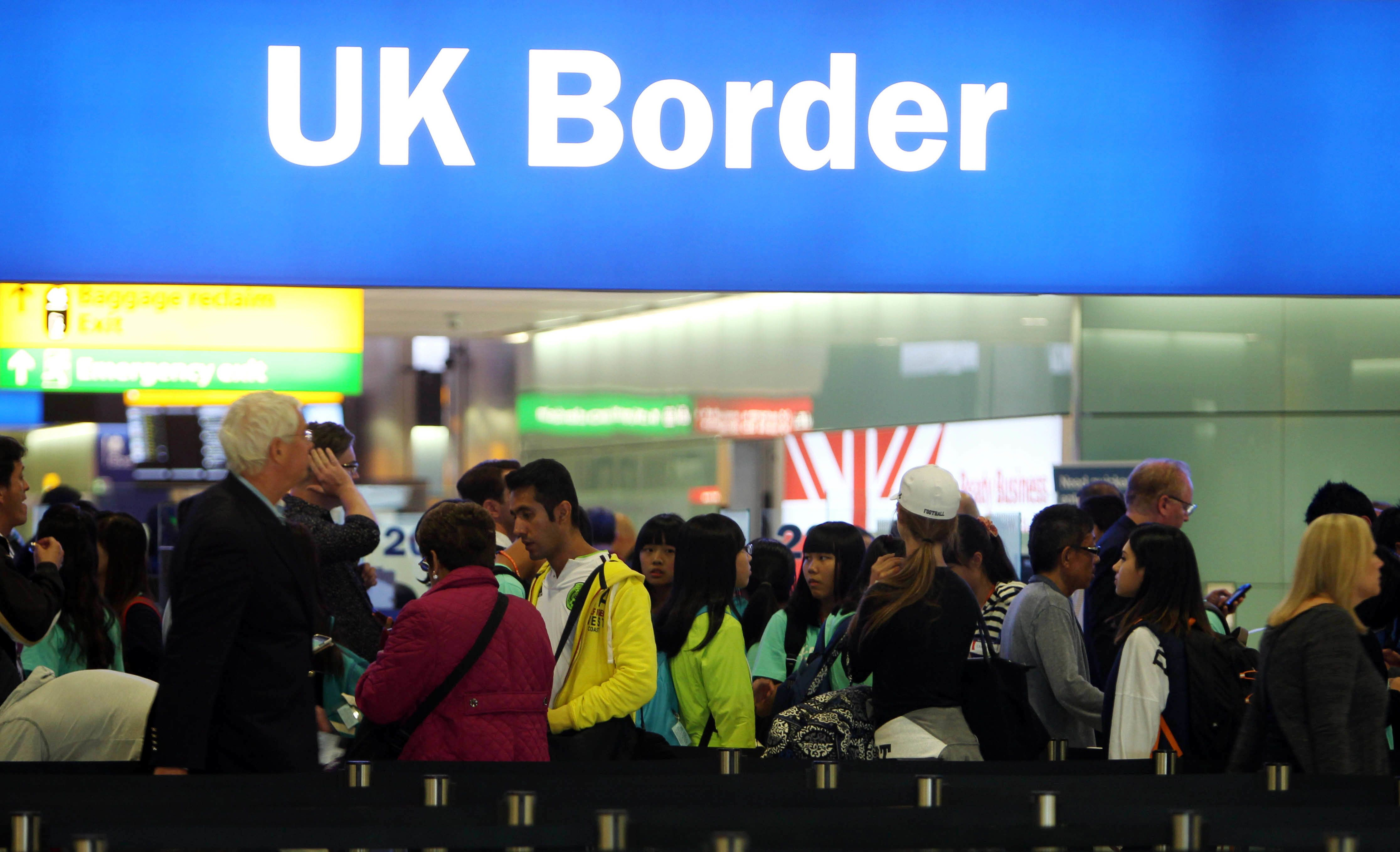 Net Migration Falls By More Than 100,000 After Brexit
