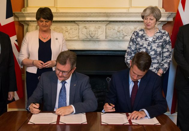 DUP Threatens To Pull Support For Conservative Government Over Irish Border