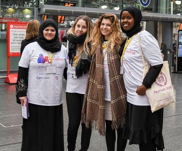 Wrap Up campaign volunteers in Manchester this