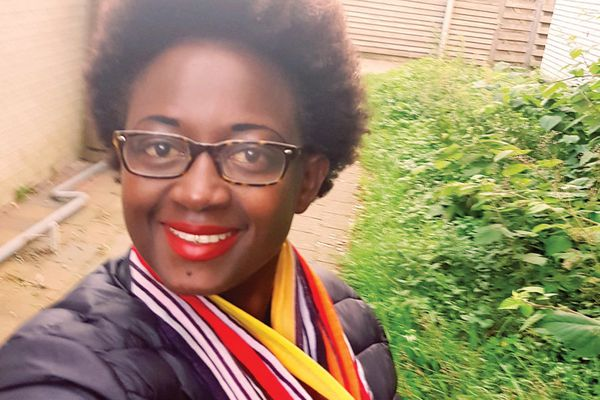 Eliane Becks Nininahazwe: On my way to Den Haag [The Hague] to get my visa so I can travel to Burundi, where I will provide H