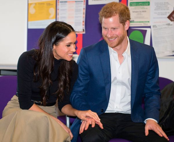 """The pair couldn't have been more touchy-feelyduring their visit to Nottingham Academy.<br><br>""""I love how she leans dow"""