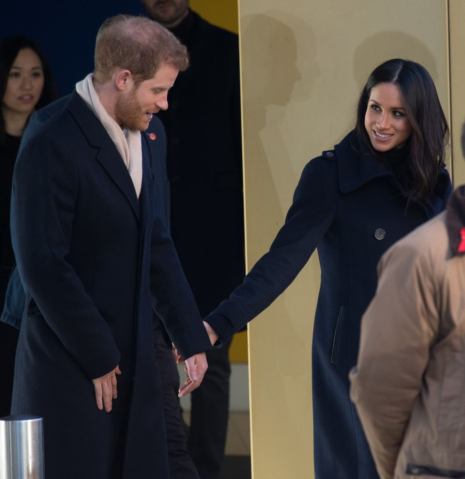 "Some body language experts have suggested that Markle comes across as <a href=""http://www.newsweek.com/meghan-markle-dom"