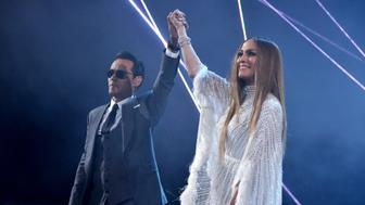 LAS VEGAS, NV - NOVEMBER 17:  Singer Marc Anthony and singer/actress Jennifer Lopez perform onstage during The 17th Annual Latin Grammy Awards at T-Mobile Arena on November 17, 2016 in Las Vegas, Nevada.  (Photo by Lester Cohen/WireImage)