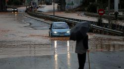 Κέρκυρα: Πλημμύρισαν σπίτια και μαγαζιά. Τα νερά παρέσυραν αυτοκίνητα και