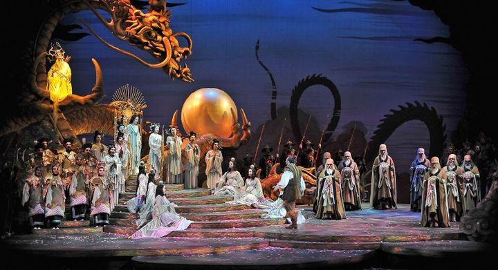 <p>A scene from Allen Charles Klein's production of <strong><em>Turandot</em></strong> (a shared venture between several opera companies) </p>