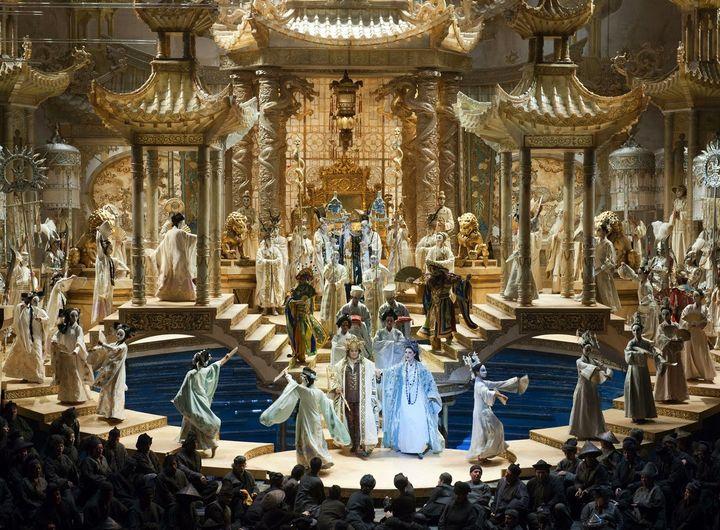 <p>A scene from Franco Zeffirelli's production of <em><strong>Turandot</strong></em> (originally designed for the Metropolitan Opera) </p>