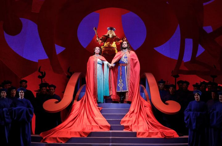 <p>Nina Stemme and Brian Jagde in the finale of <strong><em>Turandot</em></strong> </p>