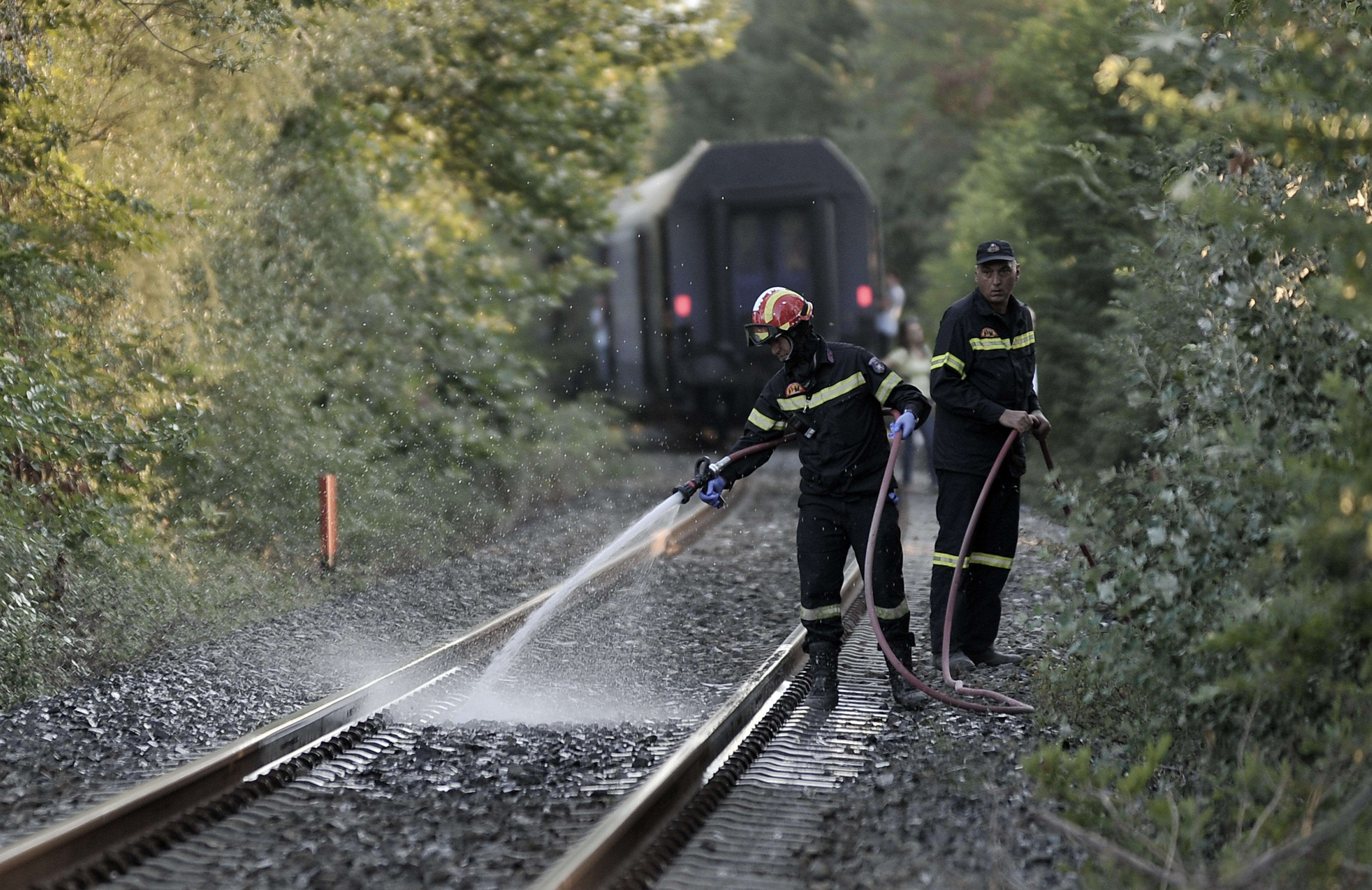 Ένας νεκρός από σύγκρουση τρένου με αυτοκίνητο κοντά στα
