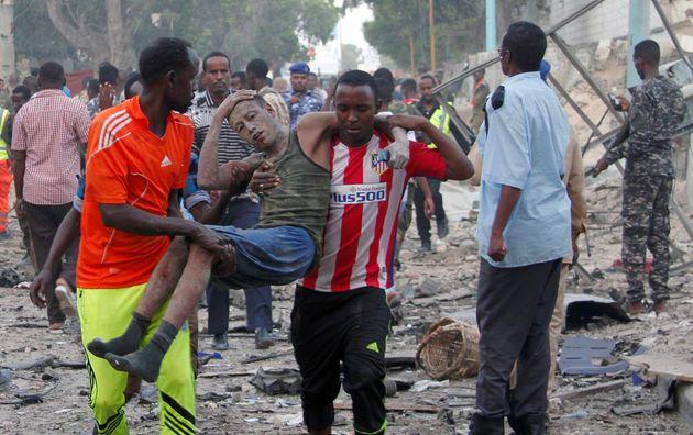 Τραγικός απολογισμός στη Σομαλία: Στους 512 οι νεκροί από την επίθεση στο