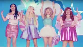 The women of SNL tackle sexual harassment in a Katy Perry-style music video