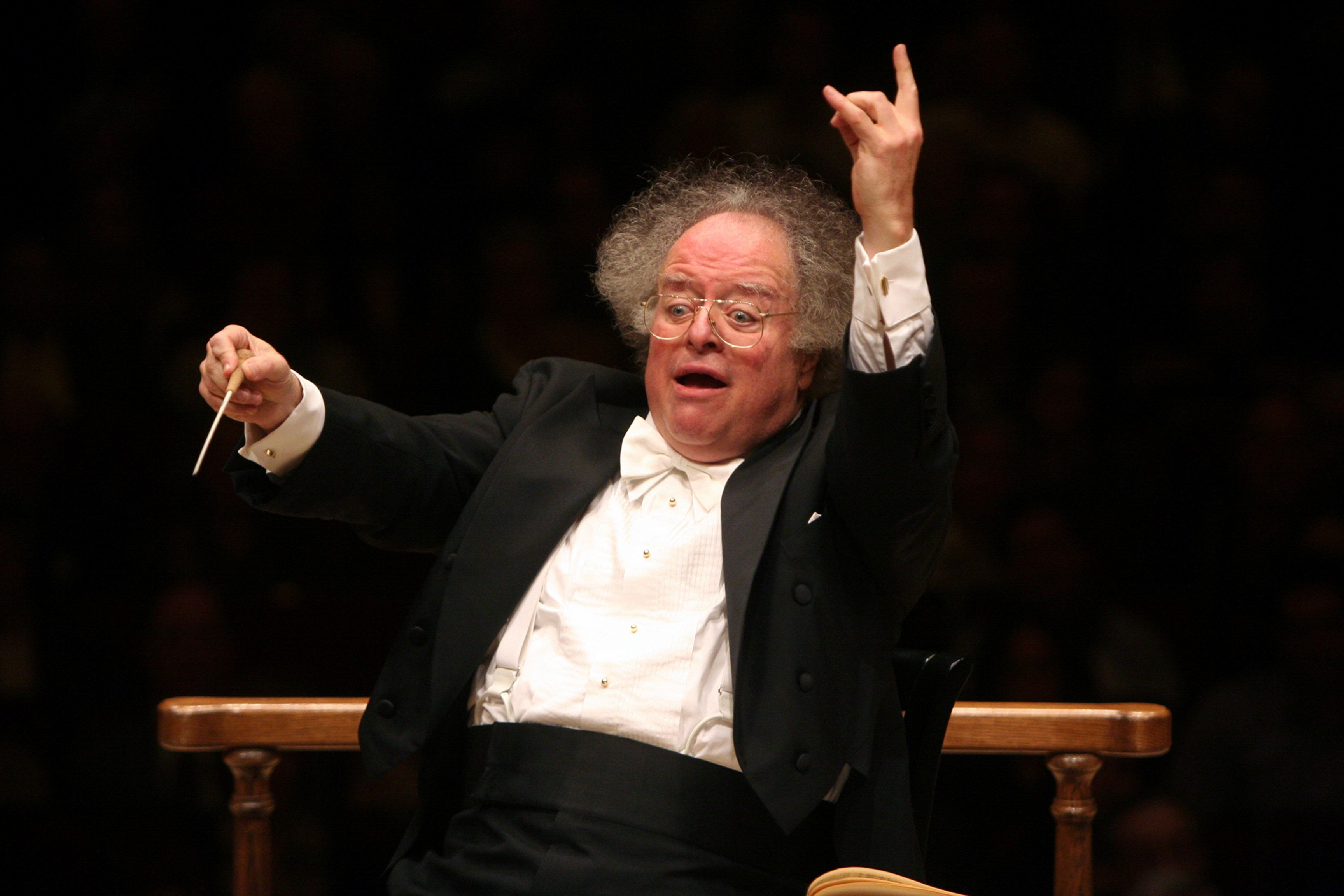 James Levine leading the Boston Symphony Orchestra at Carnegie Hall on Monday night, February 1, 2010.This image;James Levine leading the Boston Symphony Orchestra in Ravel's 'Daphnis et Chloe.'(Photo by Hiroyuki Ito/Getty Images)