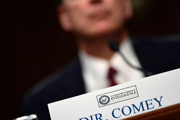 Μάρτυρας «κλειδί» του FBI θα καταθέσει στο Κογκρέσο για τις επαφές του με τον