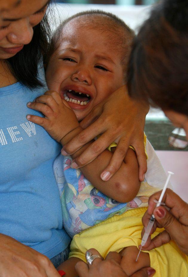 Φιλιππίνες: Έρευνα για τη χορήγηση εμβολίου κατά του δάγκειου πυρετού σε 730.000