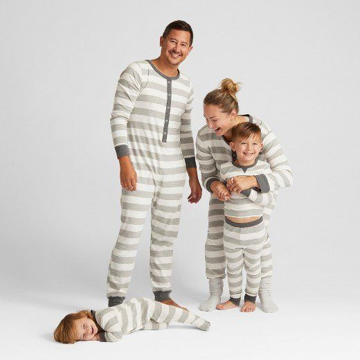 cf58590eeb 15 Matching Family Christmas Pajamas That Are As Adorable As They ...