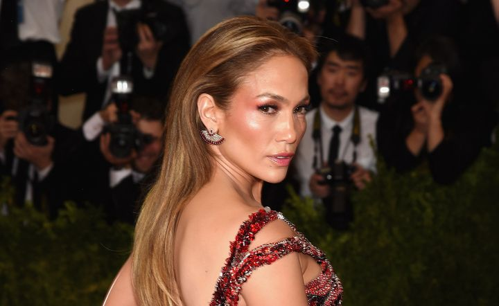 """Dr. Miller told HuffPost Jennifer Lopez's jaw is a popular point of reference for many patients. """"Everyone loves J.Lo,"""" he said."""
