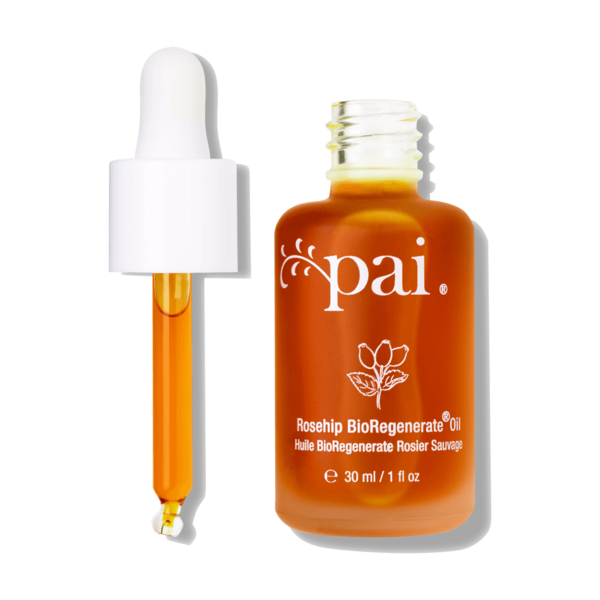 <strong>Julia</strong><br>Pai's Rosehip BioRegenerate Oil is made of a blend of organic rosehip fruit and seed oil and c
