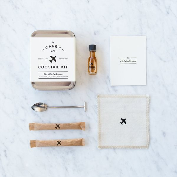 """This kit includes a carry in, recipe card, muddler spoon, aromatic bitters, and cane sugar. Get it <a href=""""https://jet.com/p"""