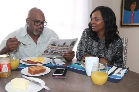 scene from the film from left to right: Buddy Lewis and Vanessa Bell Calloway