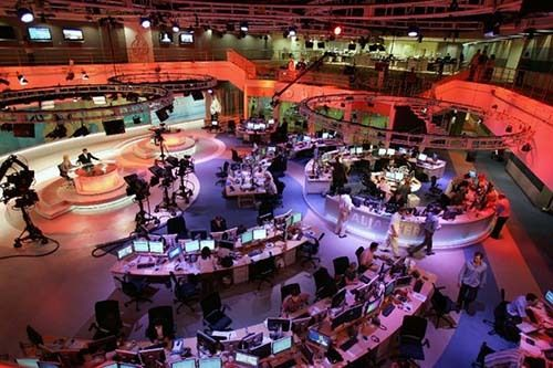<em>Screen shot of Aljazeera&#39;s newsroom</em>