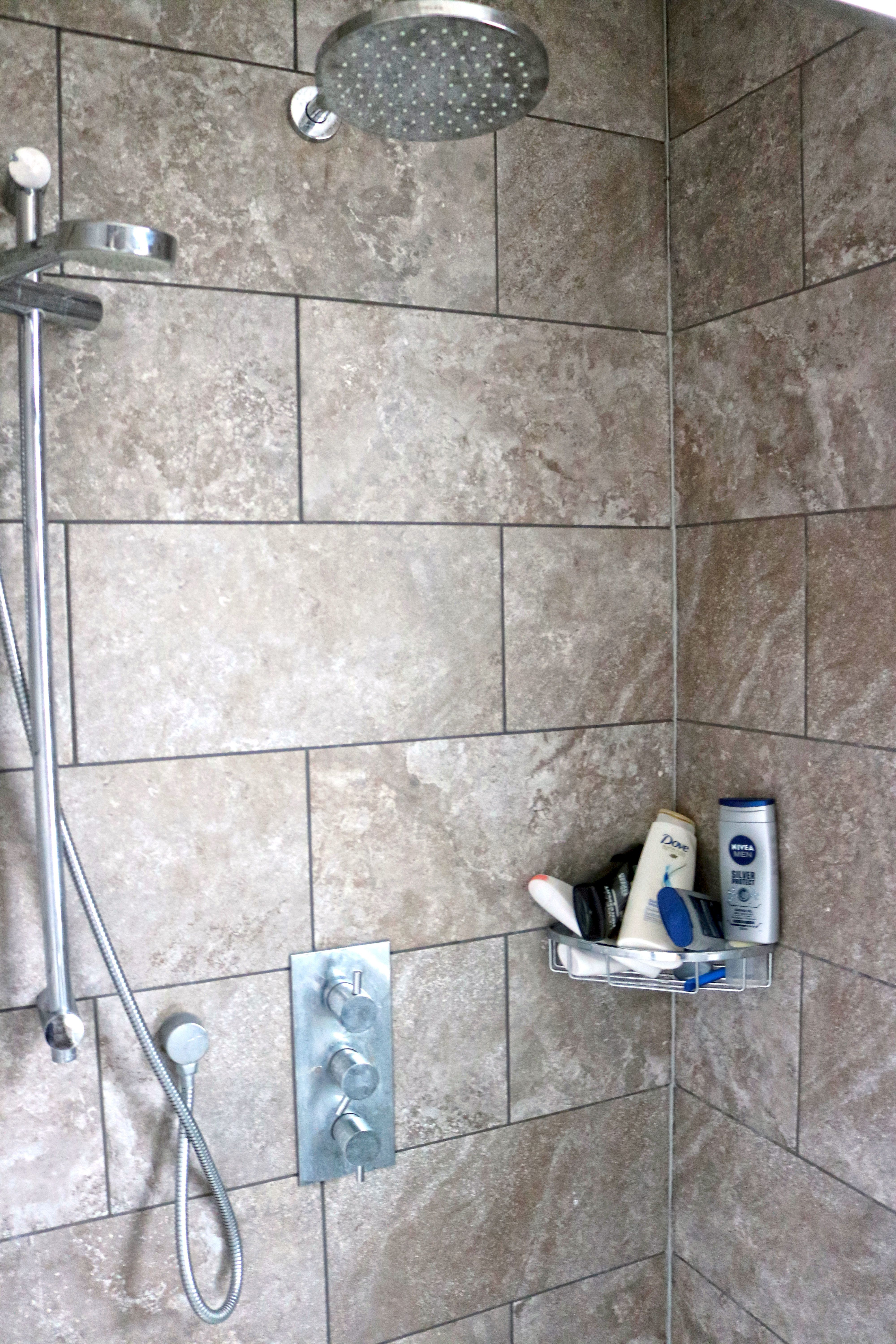 <strong>Barons Court Project fundraised to finance a revamped shower. 'It's like a hotel,' Mo told HuffPost</strong>