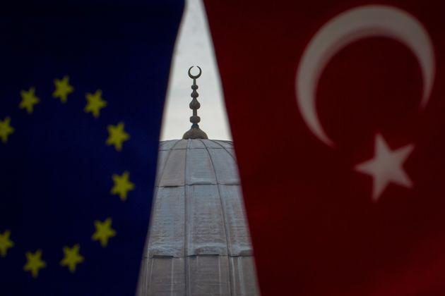 Η Τουρκία, από την ΕΕ στην πρωτοπορία για μια νέα ισλαμική