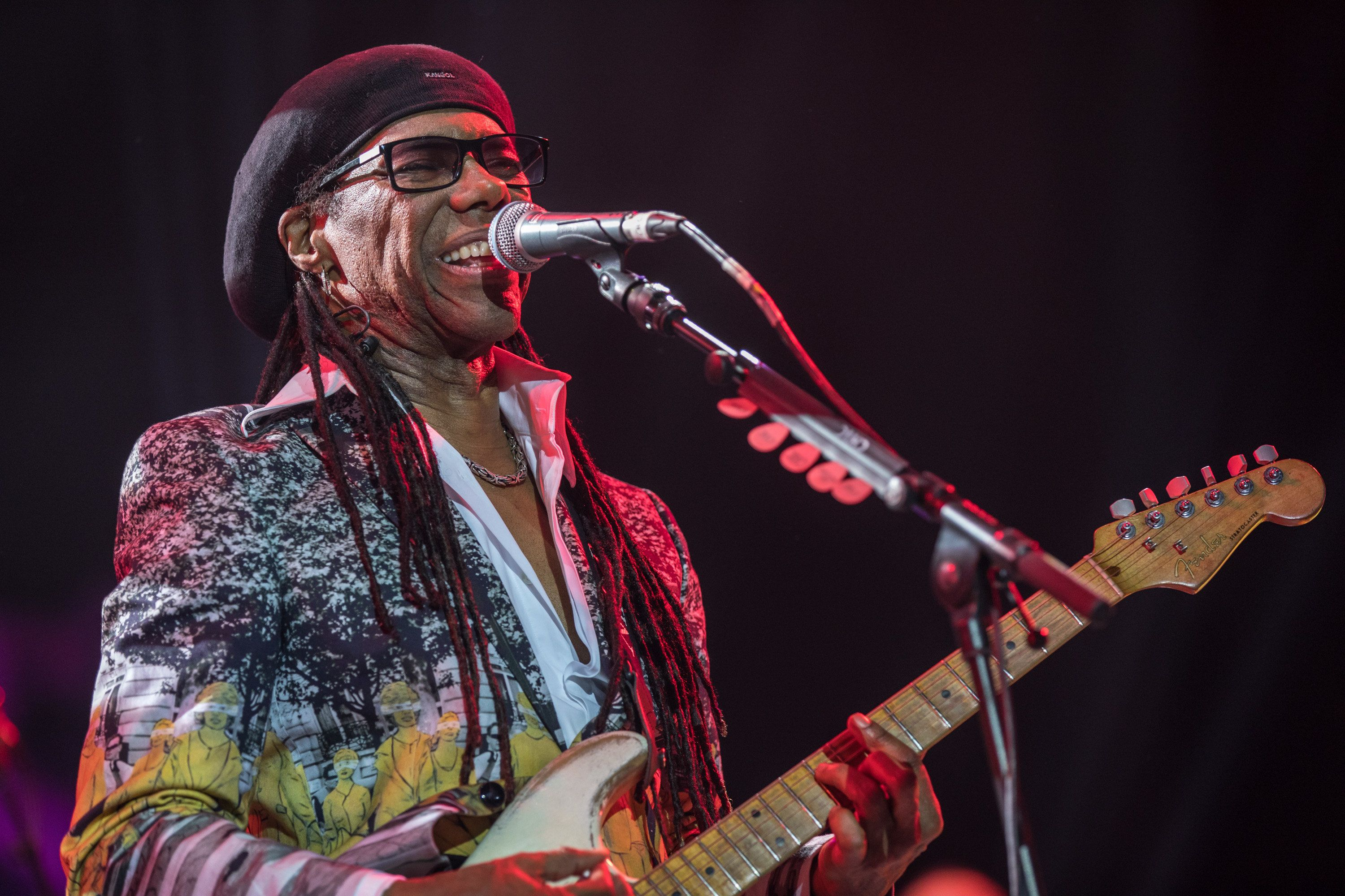 Symptoms Of Kidney Cancer After Nile Rodgers Reveals He Had