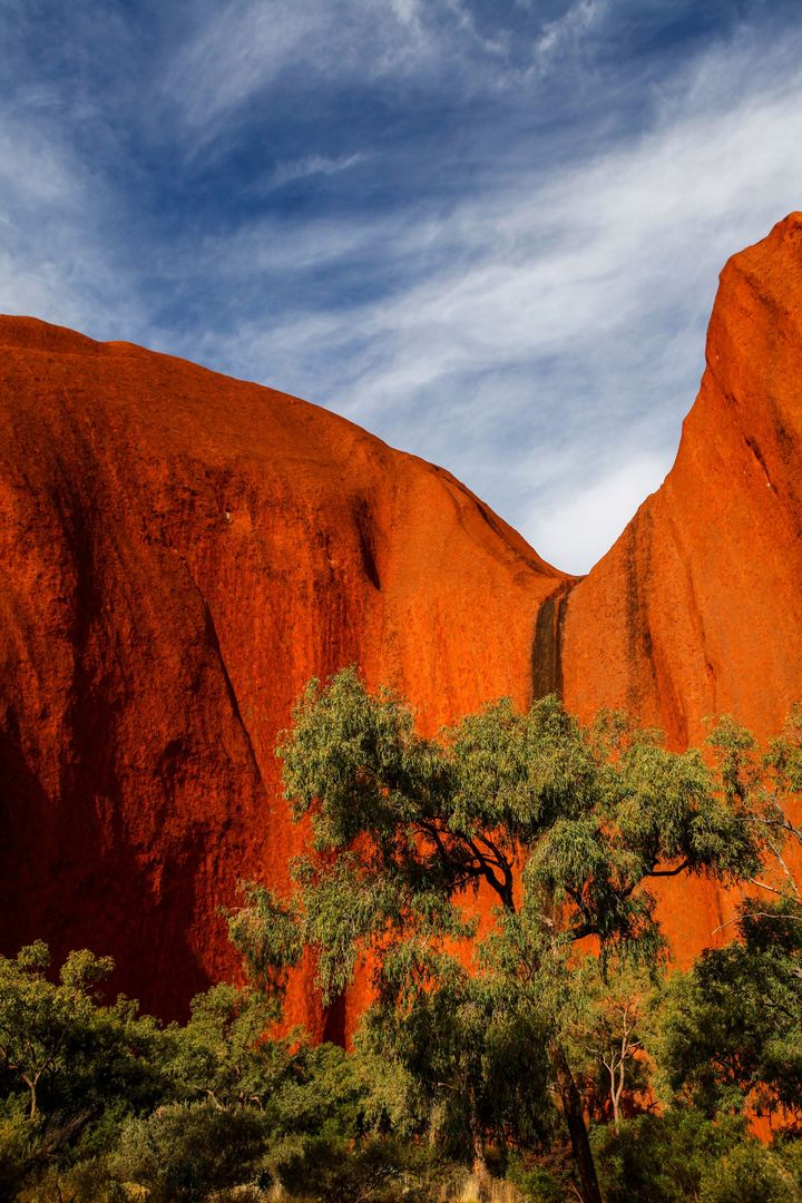 <p><strong>The Magnificent Ayers Rock - </strong></p>