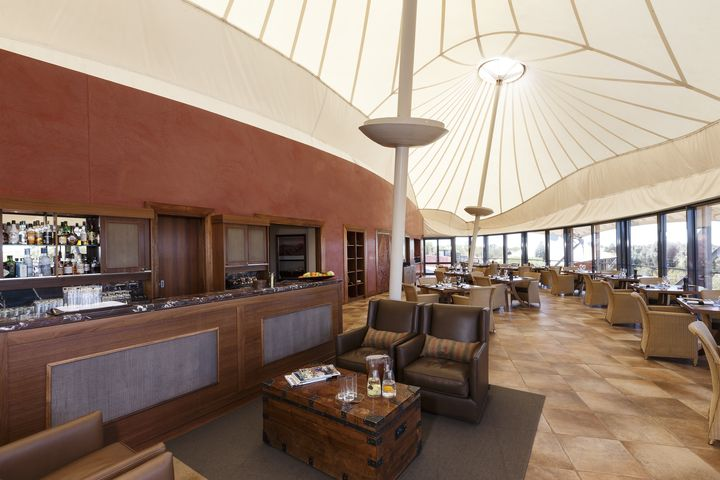 <p><strong>Dune House Lounge at Longitude 131</strong></p>