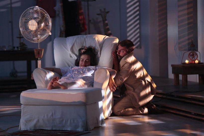<strong>Théâtre du Soleil's</strong> <strong><em>A Room in India</em></strong> <strong>(</strong><em>Une chambre en Inde)</em