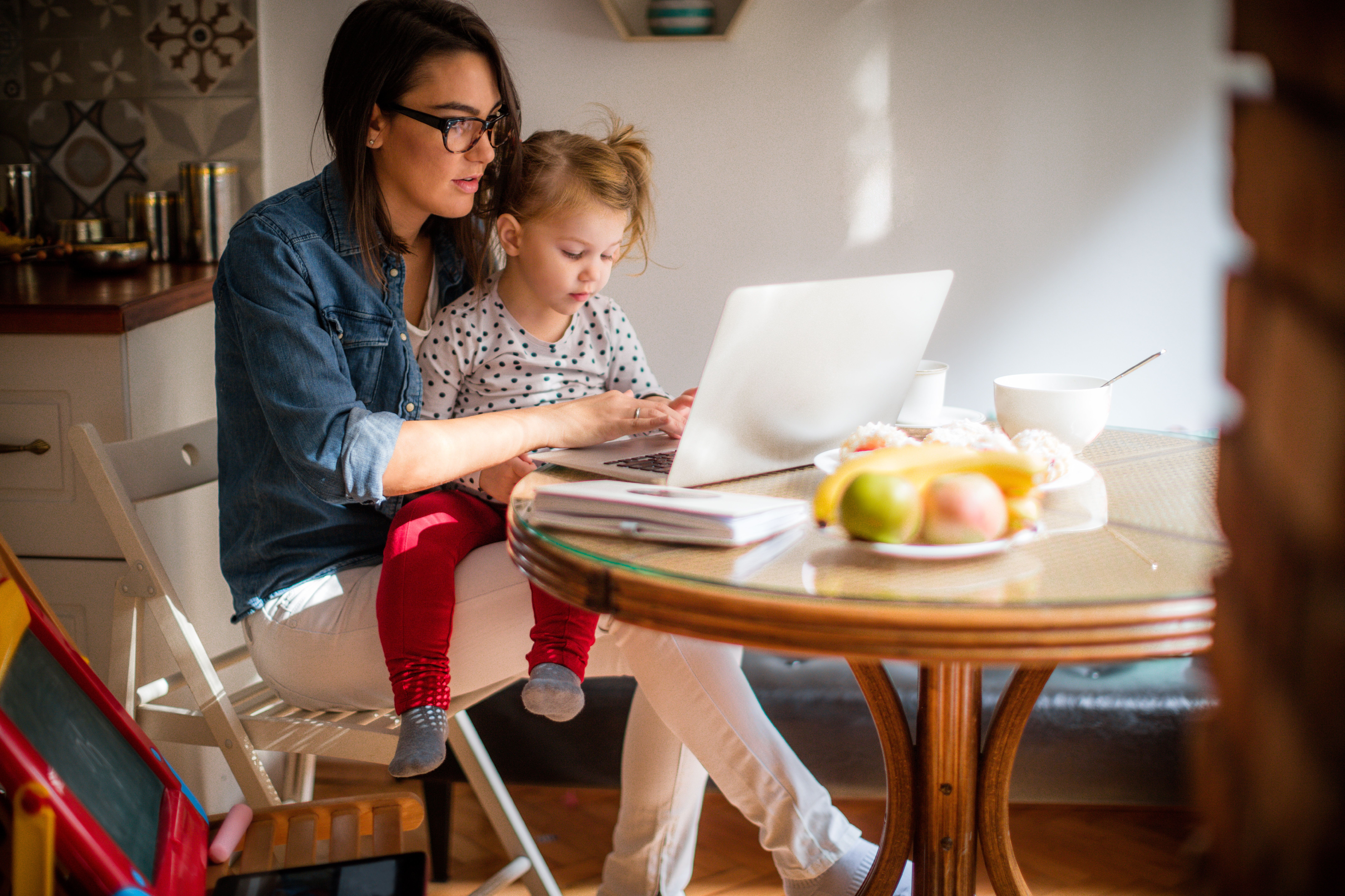 One In Seven Employers Reluctant To Hire Women Who May Have Children In