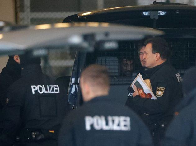 Στην Αθήνα ο αρχηγός της γερμανικής Αστυνομίας. Στο τραπέζι οι έλεγχοι στα