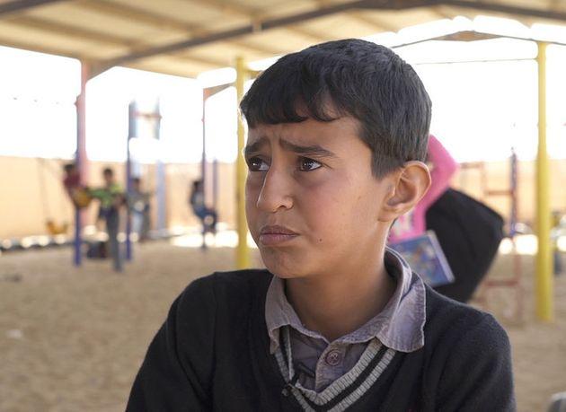 Usama, de 11 años, cuenta al 'HuffPost' Reino Unido que su colegio fue bombardeado mientras jugaba al