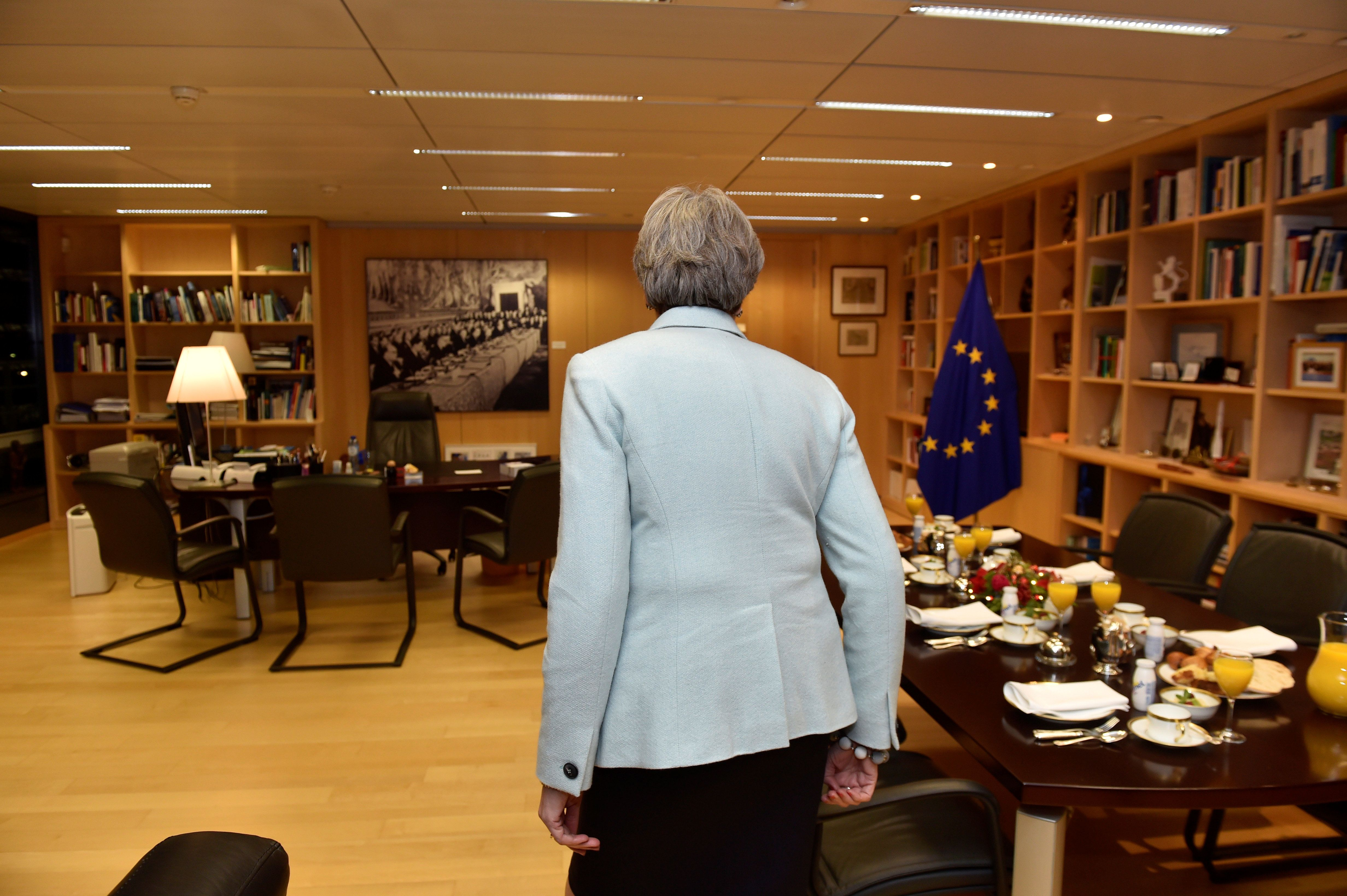 9 Hilariously Depressing Analogies For Theresa May's Brexit