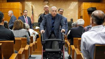 Former priest John Feit leaves the courtroom during a break in his trial for the murder of Irene Garza at the Hidalgo County Courthouse in Edinburg, Texas, U.S., November 30, 2017.   REUTERS/Nathan Lambrecht/The Monitor/Pool