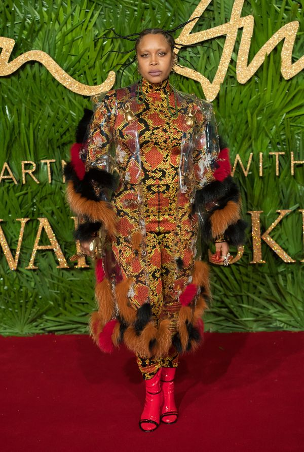 Erykah Badu is a queen, and she definitely slays in this look from this year's Fashion Awards like no one else could.