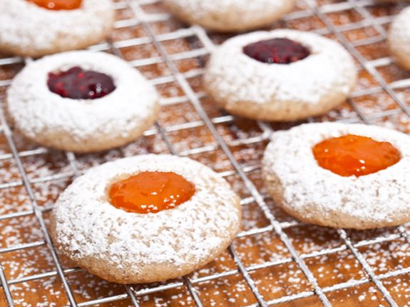Snickerdoodles To Biscotti: 18 Of The Best Holiday Cookie