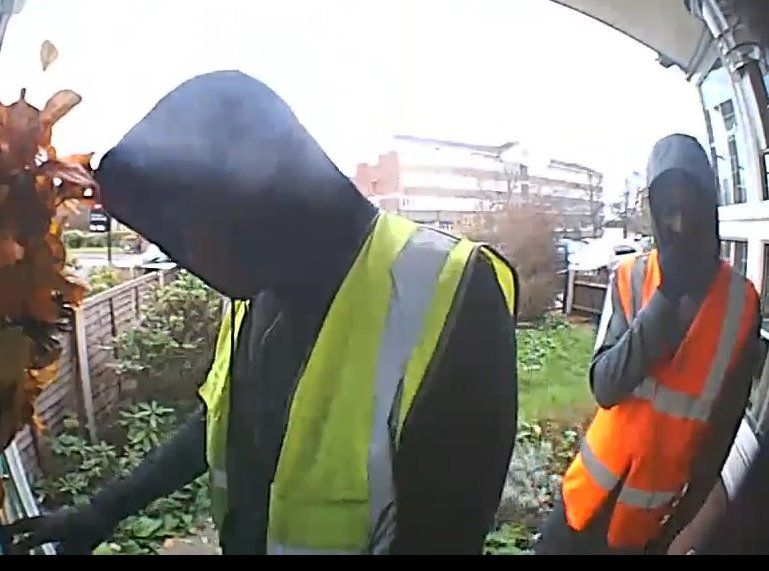 <strong>CCTV captures the moment two of the suspects approach and enter the victim's parents' house</strong>