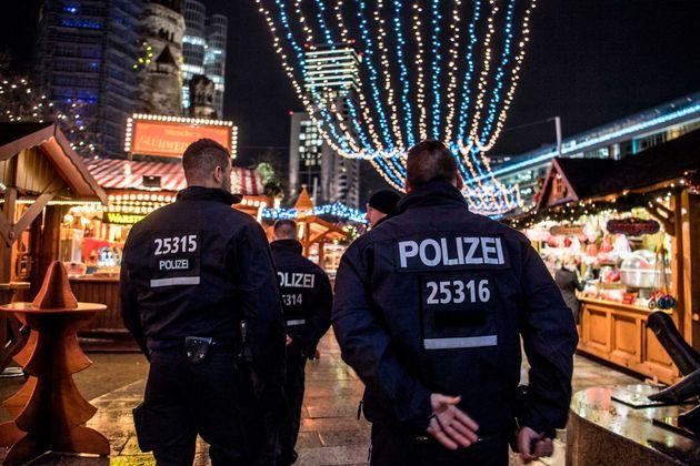 Bild: Μεγάλη ποσότητα πυρομαχικών κοντά σε χριστουγεννιάτικη αγορά στο