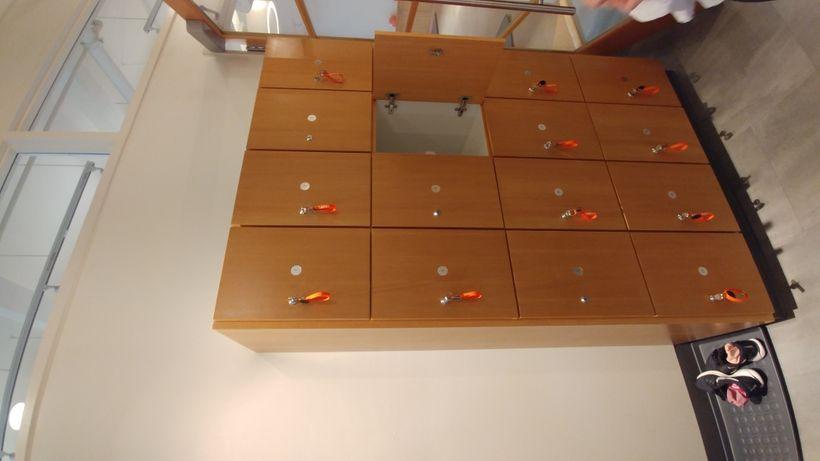 FREE lockers with key